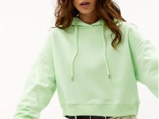 lOAVIES KEEP ME SAFE HOODIE SIZE MEDIUM COlOR lIGHT GREEN