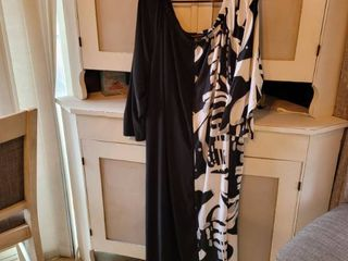 ASHlEY STEWART DRESS COlOR BlACK AND WHITE SIZE 30 32
