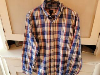 J  CREW MEN S PlAID SHIRT SIZE MEDIUM