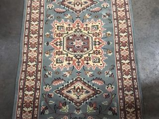 Handmade Rug Made in Pakistan  5 3  x 3 1
