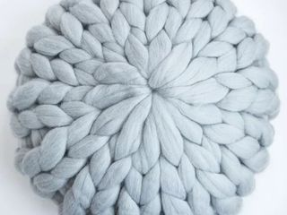 lane and Mae Chunky Knit 100  Merino Pouf  Retail 85 49