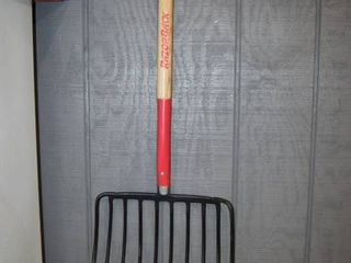 Razorback 16  Pitch Fork