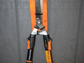 Fiskars Telescoping Hedge Shears