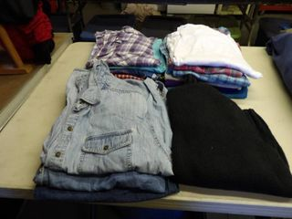 WOMENS BlOUSES   lARGE