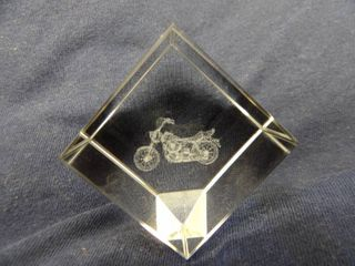 GlASS CUBE MOTORCYClE