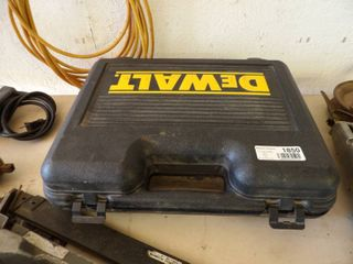 DEWAlT DRIll SET BATTERY CHARGES  TIMING lIGHT  MIlWAUKEE DRIll  SKIl BElT SANDER RUNS