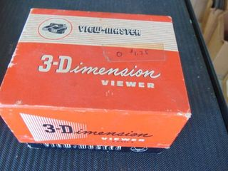 View Master w original box and viewer reels