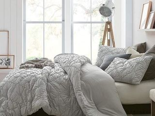 Farmhouse Morning Textured Bedding   Oversized Comforter   Glacier Gray  Retail 152 99