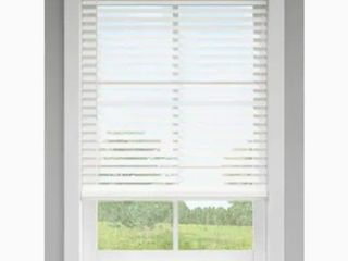 levolor 2 5 in Cordless Gray Room Darkening Faux Wood Blinds Actual  23  X 72