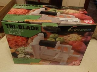 Tri Blade Vegetable Slicer