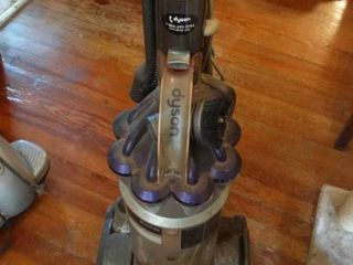 Dyson Upright Vacuum With Attachments