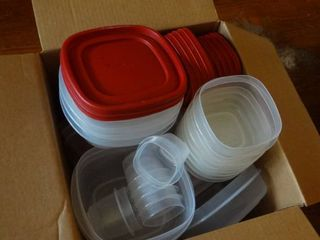 lot of Rubbermaid Food Storage Containers