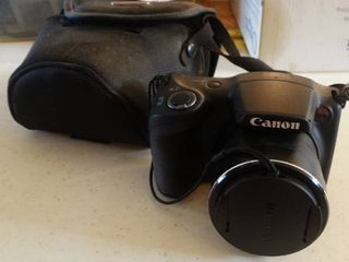 Canon PowerShot SX400IS with Case