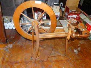 Vintage Wooden Spinning Wheel