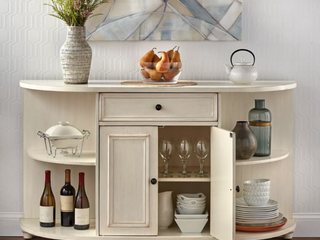Simple living Grace Buffet in Antique White