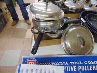 Wearever Pans Set
