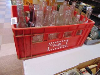 Pop Shoppe Crate with 22 Pop Bottles