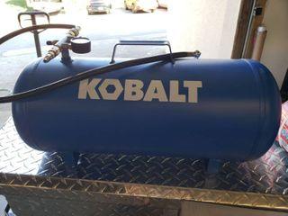 Kobalt 7 Gal Air Tank