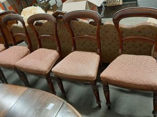 5  VICTORIAN ERA WAlNUT SIDE CHAIRS