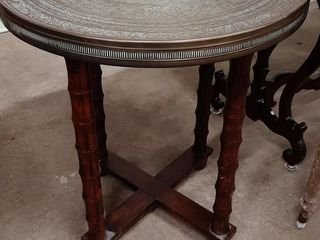 ROUND BRASS TOP SIDE TABlE APPROX 23