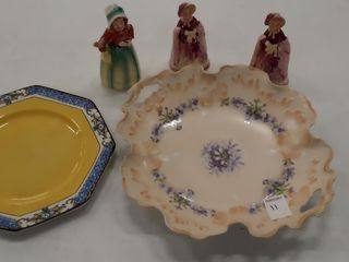 HANDPAINTED BOWl WITH  3  FIGURINES AND PlATE