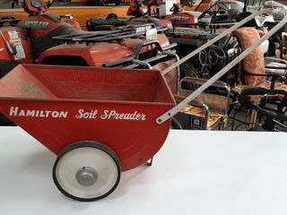 HAMIlTON SOIl SPREADER