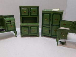 CHIlDS KITCHEN FURNITURE