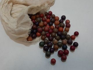 lOT ClAY MARBlES