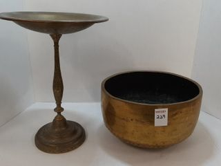 EARlY BRASS BOWl AND PEDESTAl