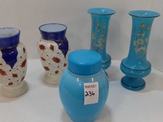 5 PIECES OF ASSORTED GlASS VASES AND COVERED DISH