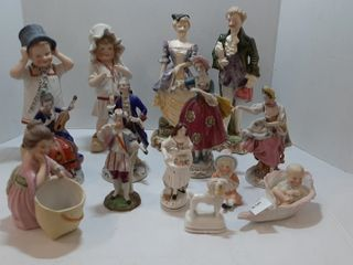 ASSORTMENT OF FIGURINES AS FOUND