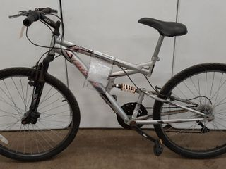 MENS GREY HUFFY BIKE