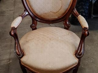 GENTS VICTORIAN ARM CHAIR