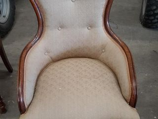lADIES VICTORIAN SIDE CHAIR