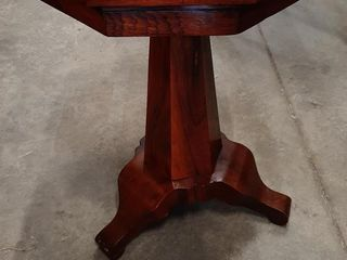 ROSEWOOD ADJUSTABlE SIDE TABlE