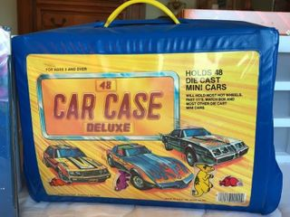 Hot Wheels Truck  Trans Formers Kit  Car Case