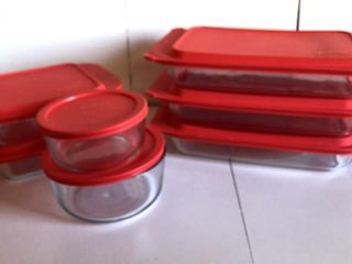 7  Excellent Pyrex with lids
