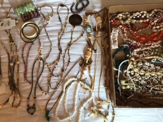 Selection of Shell Necklaces   Vacation Jewelry