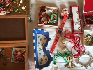 Holiday Pins  Watches  Jewelry Boxes