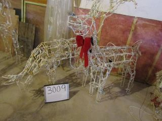 Exterior Christmas lite pair of deer