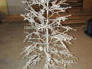 White tree 5 ft  H