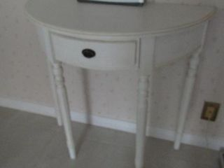 Half moon Table with one drawer