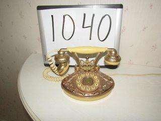Vintage look telephone