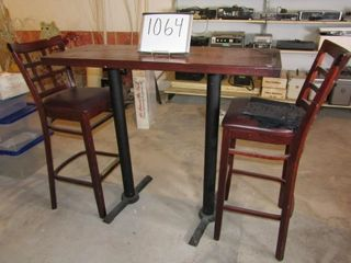 Bar Pub Table with 2 chairs