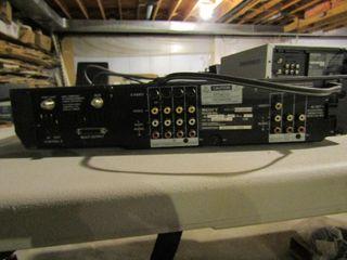 Sony Feature Box Model   KV 32BR100