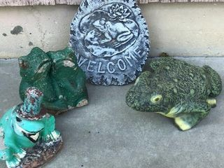 4  Concrete Frog Statues