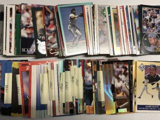 Huge Collection of 200  Barry Bonds Baseball Cards from 80 s and early 90 s