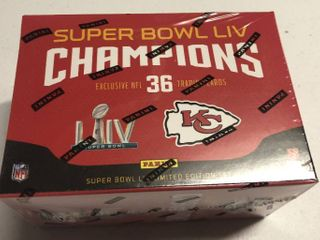 Complete   Sealed 2020 Panini Kansas City Chiefs Super Bowl Team Set   36 Total Cards including 4 Patrick Mahomes Cards