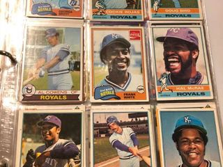 Binder Full of Kansas City Royals Including Tons of George Brett  Bo Jackson  and Many Many More   300 400 Total Cards