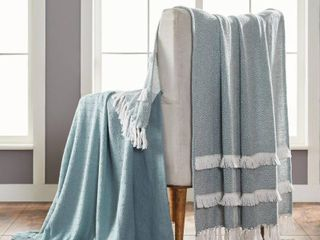 MODERN THREADS 2 Pack Dion Eucalyptus 100  Cotton 50 in  x 60 in  Throw Blanket